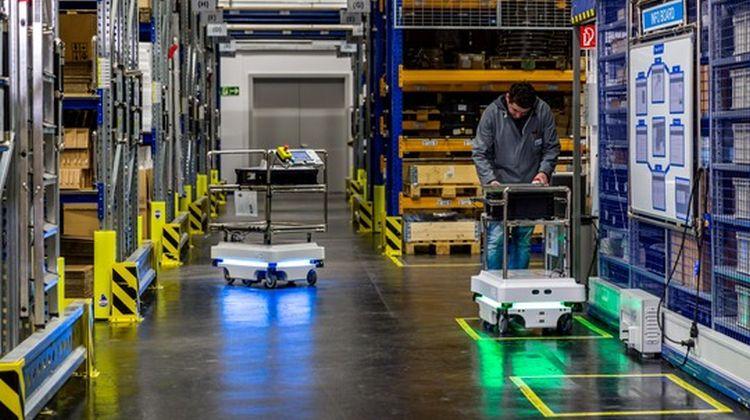 Danske MiR har sat sig på milliardmarked for mobile robotter