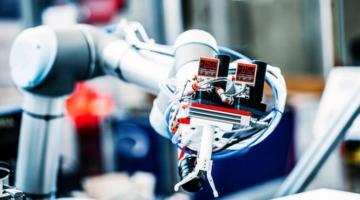Analyse: Store økonomiske gevinster venter danske virksomheder, der køber robotter