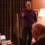 Historisk hotel omdanner suiter til små lyduniverser